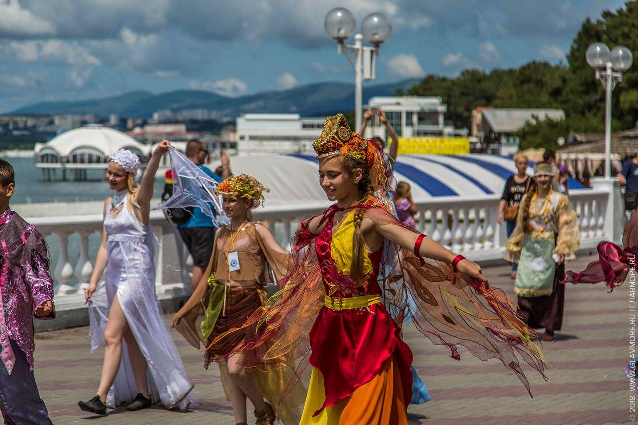 Карнавал в Геленджике!  с 03.06.2021 по 07.06.2021 г.